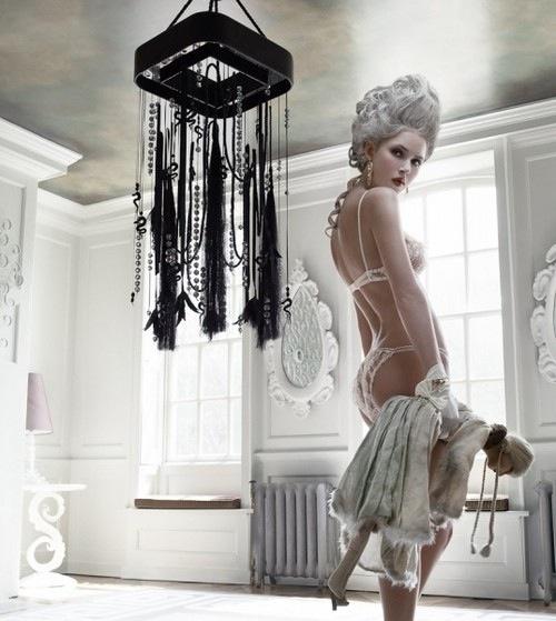 Antoinette Fashion Movie-5